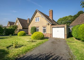 Thumbnail 3 bedroom detached house for sale in Barnsdale Road, Reading