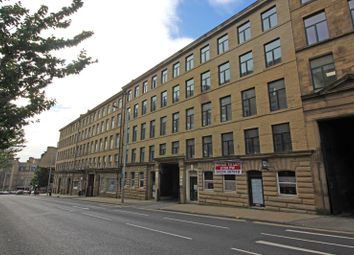Thumbnail Studio to rent in 25 Hennymoor House, 7-11 Manor Row, Bradford