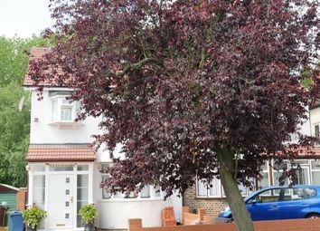 Thumbnail Studio to rent in Kenmore Avenue, Harrow Wealdstone