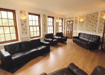 Thumbnail 3 bed flat to rent in High Street, Cheam, Sutton