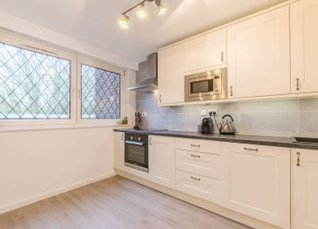 2 bed maisonette to rent in Newell Street, Canary Wharf E14
