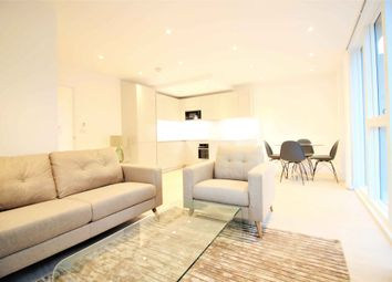 Thumbnail 2 bed flat to rent in Rochester Place, London