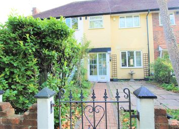 High Road, Byfleet, Surrey KT14. 3 bed terraced house