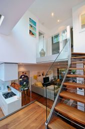 Thumbnail 3 bedroom terraced house for sale in Canonbury Road, Islington