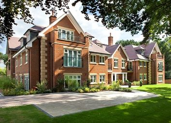 2 bed flat to rent in Villiers House, London Road, Sunningdale, Berkshire SL5