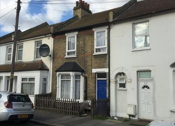 Thumbnail 33 bed terraced house for sale in 32 Oaklands Park Avenue, Ilford