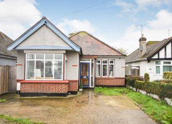 3 bed bungalow for sale in Barbara Close, Rochford SS4