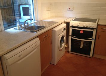 Thumbnail 1 bed flat to rent in Windmill Road, Brentford