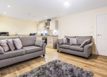 Thumbnail 2 bedroom flat for sale in Bricklayer Lane, Faygate, Horsham