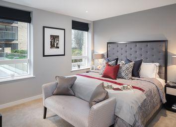 Thumbnail 2 bed flat for sale in Kew Bridge Road, Brentford, West London
