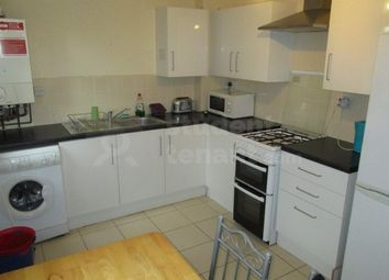 2 bed shared accommodation to rent in Addison Close, Manchester, Greater Manchester M13