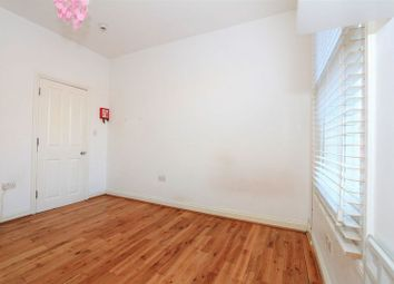 Thumbnail Property to rent in Parkland Road, London