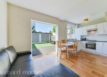 3 bed property to rent in Seely Road, London SW17