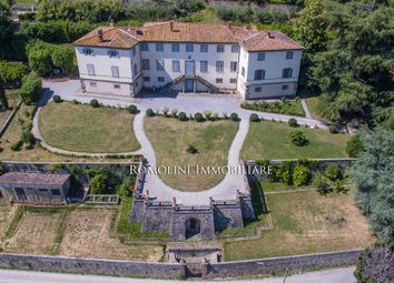 Thumbnail 20 bed villa for sale in Lucca, Tuscany, Italy