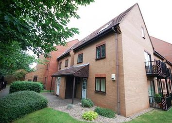 2 bed flat to rent in Dunlin Wharf, Nottingham NG7