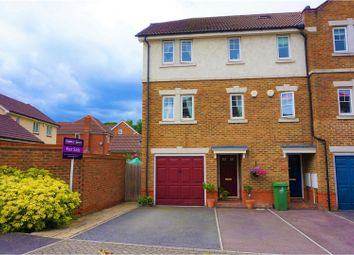 Thumbnail 3 bedroom town house for sale in Woolbrook Road, Dartford