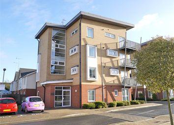 Thumbnail 2 bed flat to rent in Whitehall Close, Borehamwood, Hertfordshire