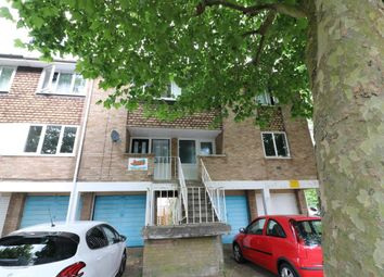 Thumbnail 4 bed property to rent in Golding Crescent, Hatfield, Hertfordshire