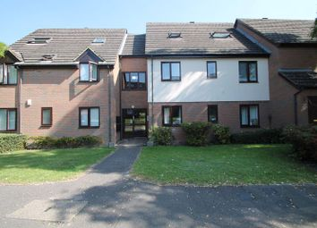 Thumbnail 2 bed flat to rent in Windrush Drive, High Wycombe