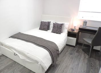 Thumbnail Room to rent in Rm 1, Ft 9. Priestgate, Peterborough
