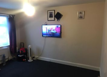 Thumbnail 1 bedroom flat to rent in Catherine Gardens, Hounslow, Middlesex