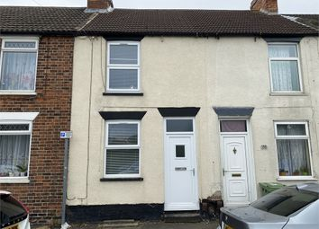 2 bed terraced house for sale in Northgate, Newark, Nottinghamshire. NG24