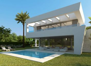 Thumbnail 3 bed villa for sale in Rio Real, Costa Del Sol, Spain