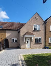 Thumbnail 3 bed terraced house for sale in Oldfields Road, North Cheam, Sutton