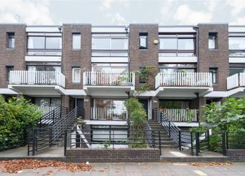 Thumbnail 3 bedroom maisonette for sale in Gore Road, South Hackney