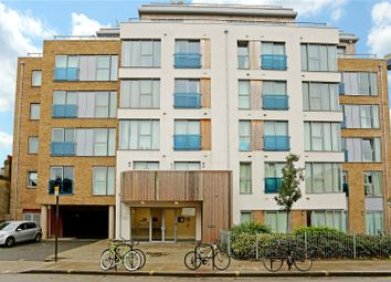 Thumbnail 1 bed flat to rent in Gooch House, Hammersmith