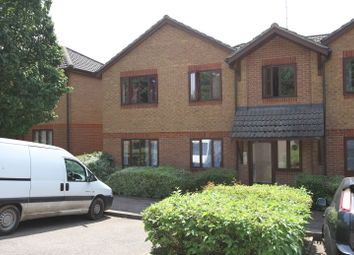 Thumbnail 1 bedroom flat to rent in Parklands, Banbury