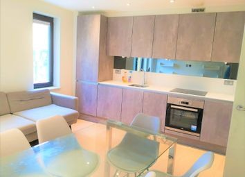 Thumbnail 5 bed flat to rent in Seven Sisters Road, London