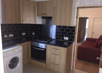 Thumbnail 2 bedroom flat to rent in Ashburnham Road, Luton, Beds