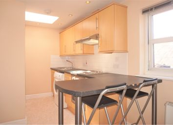 Thumbnail 1 bed flat to rent in 185 Lynchford Road, Farnborough