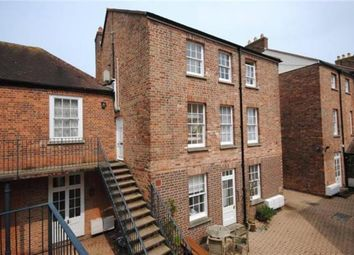 Thumbnail 2 bed flat to rent in The Octagon, Taunton