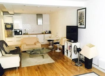 Thumbnail 1 bed flat to rent in Alma Road, Wandsworth