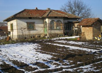 Thumbnail 2 bedroom country house for sale in Ref. Number - Kr226, 3 Km. From River Danube.Price Of This House Is 2500Gbp., Bulgaria