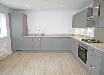 Thumbnail Studio to rent in Holmbush Drive, Faygate, Horsham, West Sussex