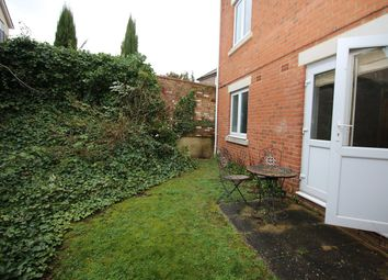 1 bed flat to rent in Walsworth Road, Hitchin SG4