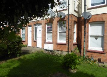 Thumbnail Studio to rent in Carlton Avenue, Westcliff-On-Sea