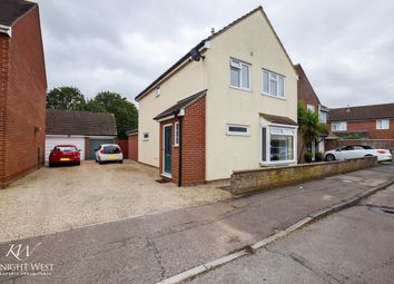 Marram Close, Stanway, Colchester CO3. 3 bed detached house