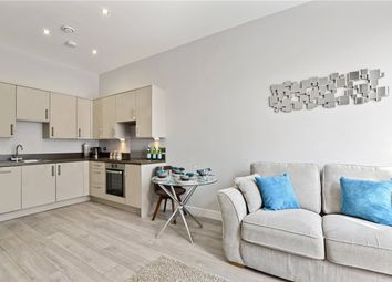 Thumbnail 2 bed flat for sale in The Avenue, Southend On Sea, Essex