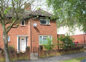 Thumbnail 3 bed property for sale in Hawthorne Crescent, Slough