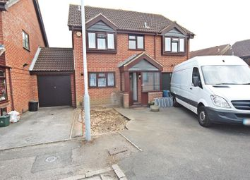 Thumbnail 5 bed detached house to rent in Chirk Close, Hayes