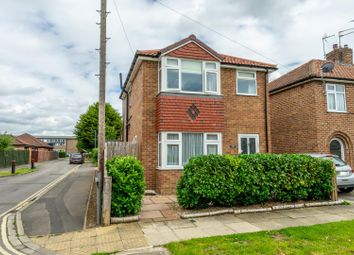 Thumbnail 2 bed detached house for sale in Beverley Gardens, Dodsworth Avenue, York