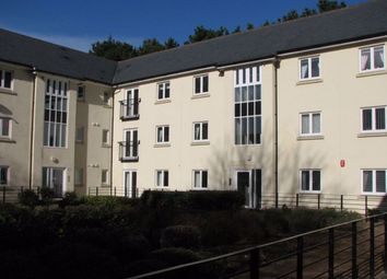 2 bed flat to rent in Echo Crescent, Plymouth PL5