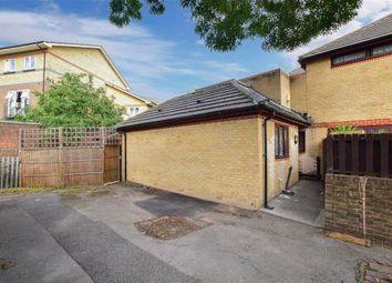 Lawson Close, London E16. 2 bed bungalow