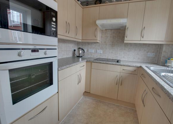 Thumbnail 2 bed flat to rent in Eton College Road, Belsize Park