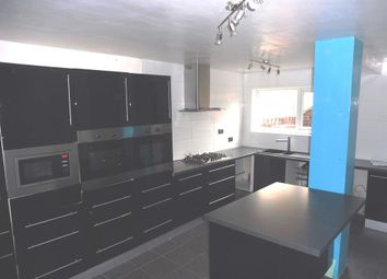 Thumbnail 5 bed town house for sale in Reynolds Close, Flanderwell, Rotherham