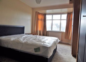 Room to rent in Cheviot Gardens, London NW2